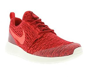 Nike Women's Rosherun Flyknit Running Shoes